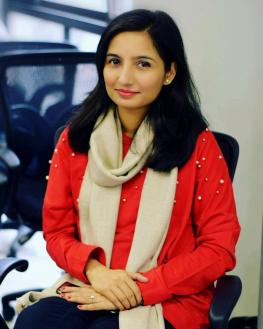 madeeha-khan-profile-dslr.jpg